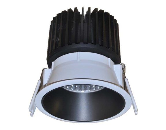 China Factory 30W COB LED Downlight with 5 Years Warranty